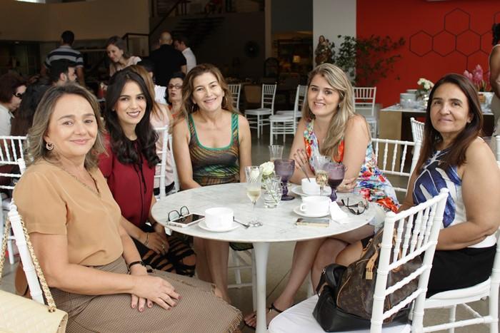 brunch-dia-das-mães-lilia-casa (6)
